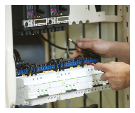 E30 Assembly of a final distribution switchboard with fixed functional units (Prisma Plus G) : fixed wiring definition - yogabreezes.com
